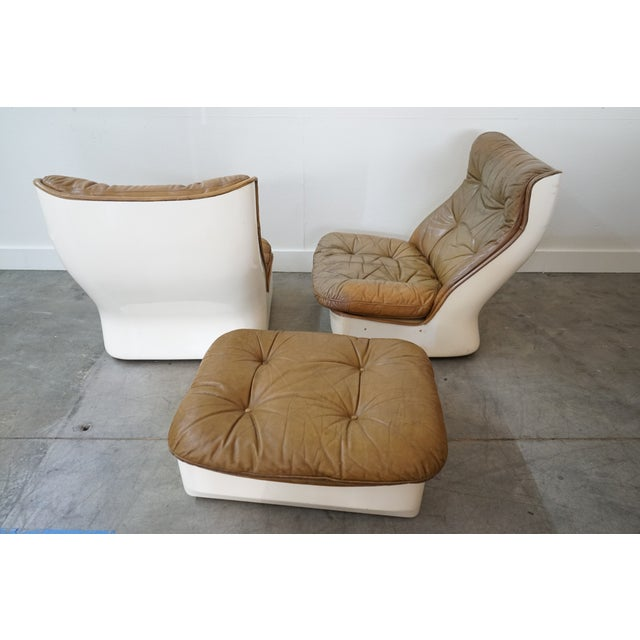 Pair of Leather Chairs and Single Ottoman, Sold as a Set For Sale In Nashville - Image 6 of 10