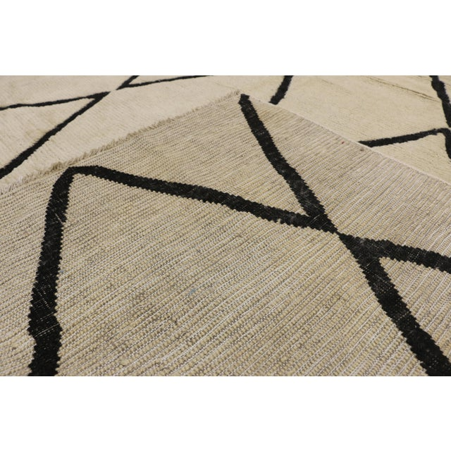 Early 21st Century Contemporary Moroccan Area Rug With Modern Style - 10'02 X 13'05 For Sale - Image 5 of 10