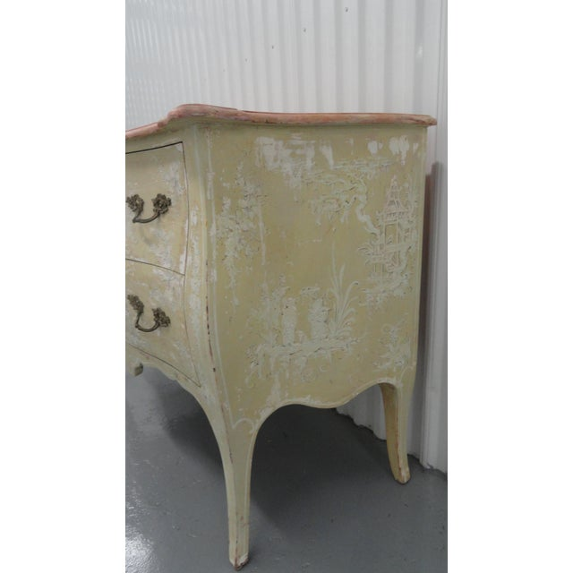 White 1960s Chinoiserie Painted Bombe Chest For Sale - Image 8 of 13