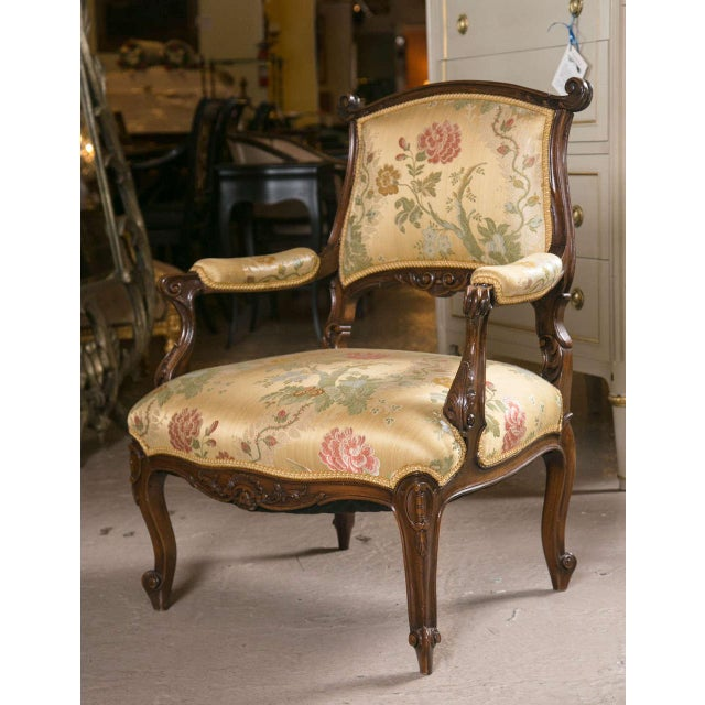 French Rococo Louis XV Style Armchairs - A Pair - Image 5 of 9
