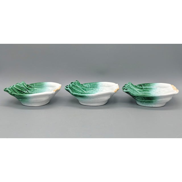Vintage Italian Majolica Green Onion Vegetable Dipping Bowls - Set of 3 For Sale In Houston - Image 6 of 10