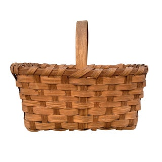 Early 20th Century American Oak Splint Gathering Basket For Sale