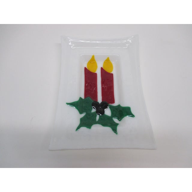 Vintage Milk Glass Decorative Holiday Artisanal Plate For Sale - Image 4 of 4