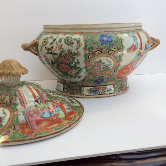 Green Massive Chinese Export Soup Tureen For Sale - Image 8 of 11