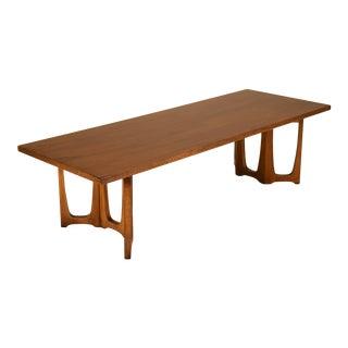1960s Mid-Century Modern Broyhill Emphasis Coffee Table For Sale