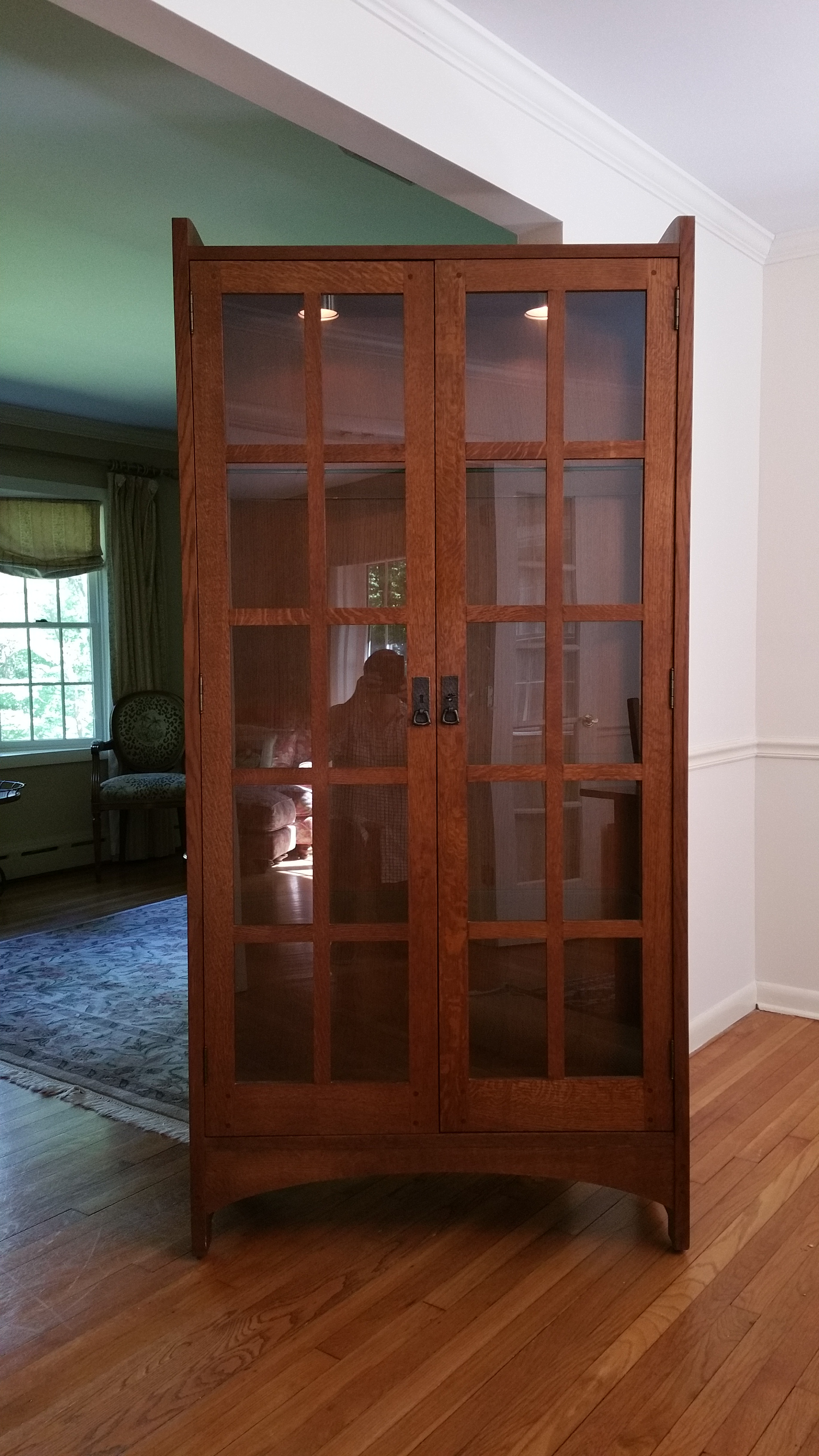 Stickley Mission Collection Solid Oak Display Cabinet   Image 2 Of 10