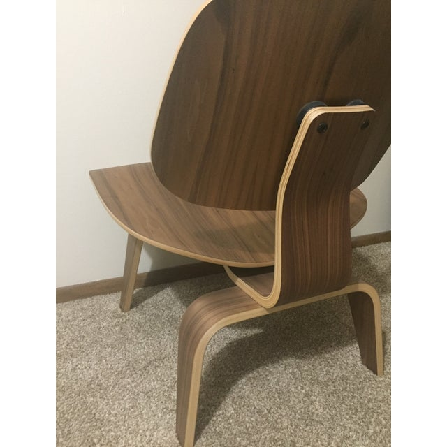 Eames Molded Plywood Lounge Chair LCW Walnut - Image 2 of 6