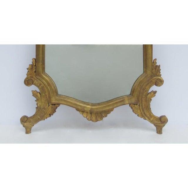 Vintage C.1950's Hollywood Regency Era Italian Venetian Gilt Gold Leaf Carved Mirror For Sale - Image 10 of 13