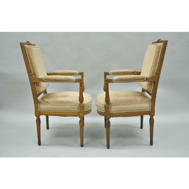 Early 20th Century Vintage Carved Walnut French Louis XVI Directoire Square Back Fireside Arm Chairs- a Pair For Sale - Image 5 of 10