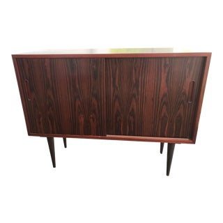 Poul Hundevad Danish Mid Century Rosewood Sideboard/Cabinet/Entertainment Center For Sale