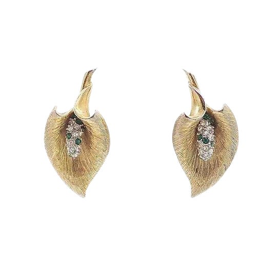 Late 1950s Boucher Calla Lilly Rhinestone Earrings For Sale