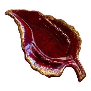 Vintage Mid-Century California Pottery Ceremic Leaf Ashtray For Sale