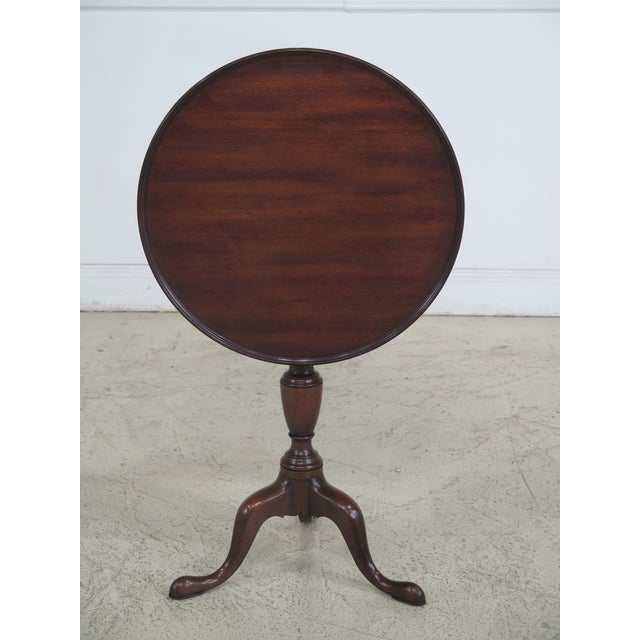 Kittinger Colonial Williamsburg Model CW-11 Mahogany Tilt Top Table For Sale - Image 11 of 11
