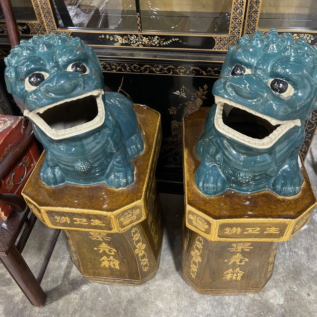 Monumental Glazed Terracotta Foo Dogs - a Pair For Sale - Image 12 of 13