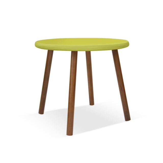 "Contemporary Peewee Small Round 23.5"" Kids Table in Walnut With Green Finish Accent For Sale - Image 3 of 3"