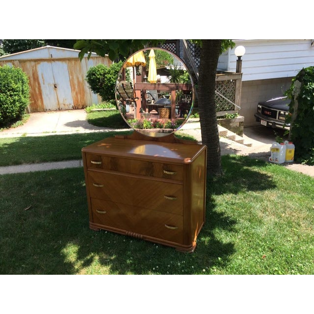 1930s Kroehler Waterfall Dresser & Mirror - Image 2 of 9