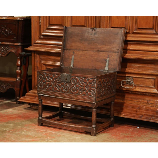 Baroque 18th Century, French, Louis XIII Carved Oak Trunk Side Table With Floral Decor For Sale - Image 3 of 8