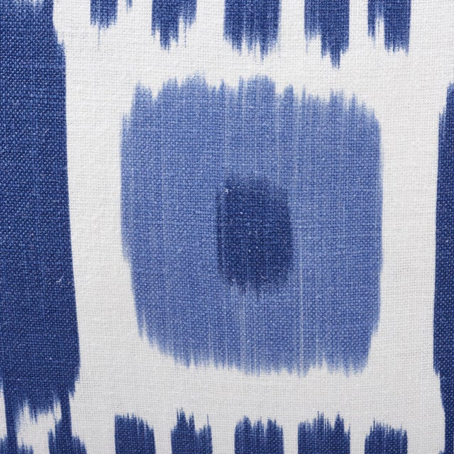 Early 21st Century Schumacher Kandira Pillow in Blues For Sale - Image 5 of 6