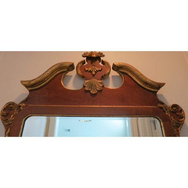 Beautiful vintage Italian made La Barge mirror in the Georgian style of the 18th century. Classic styling with burled...
