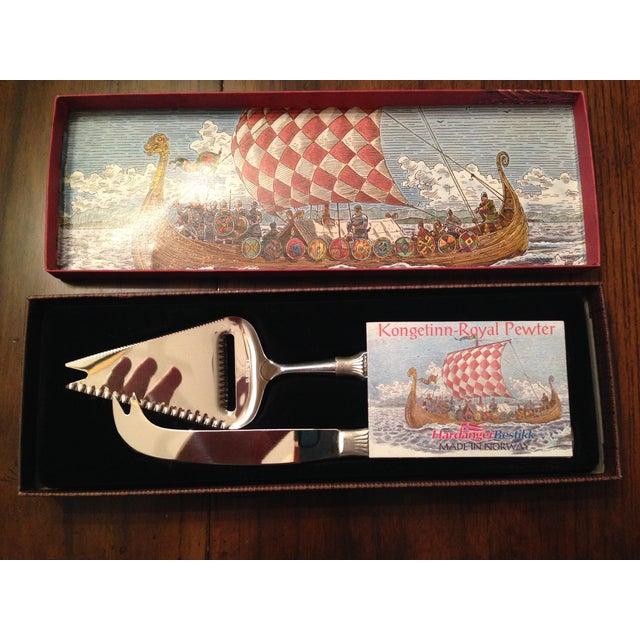 Kongetinn Royal Pewter Cheese Set - Image 2 of 10
