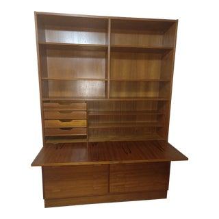 1960s Vintage Poul Hundevad Danish Modern Bookcase For Sale