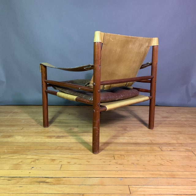 "Brown Arne Norell ""Sirocco"" Leather Safari Chair Sweden For Sale - Image 8 of 12"