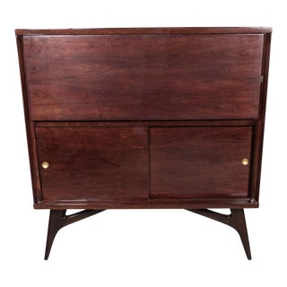 Sophisticated Mid-Century Modernist Bar Cabinet in the Manner of Vladimir Kagan
