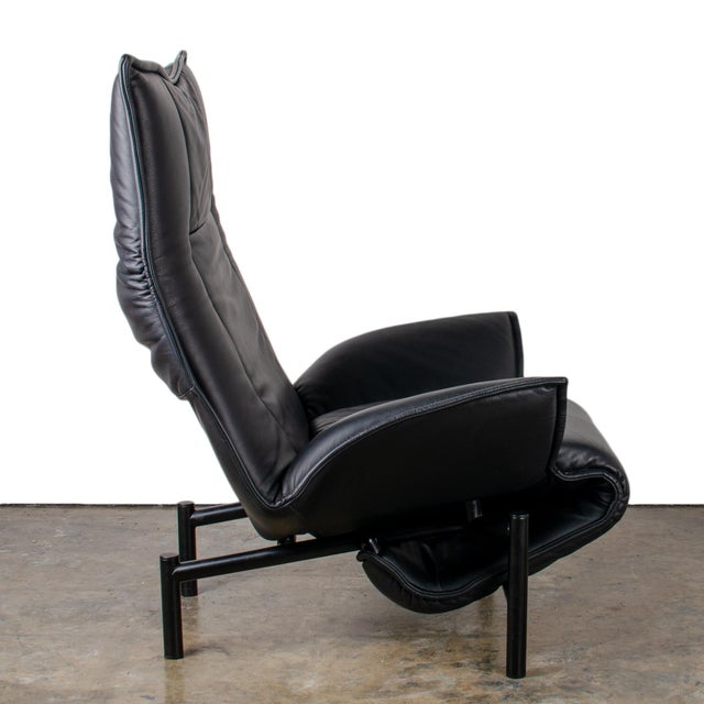 1980s Vintage Vico Magistretti Veranda Lounge Chair for Cassina For Sale - Image 9 of 12