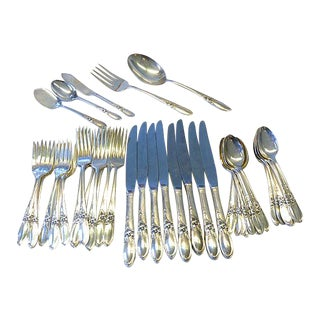 1950s Oneida Community White Orchid Silverplate Set for 8 Flatware - Set of 45 For Sale