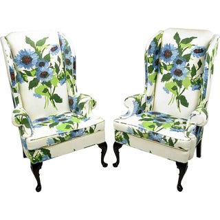 Pair of Elegant and Bold Floral Linen Upholstered Wing Chairs by Hickory Chair For Sale