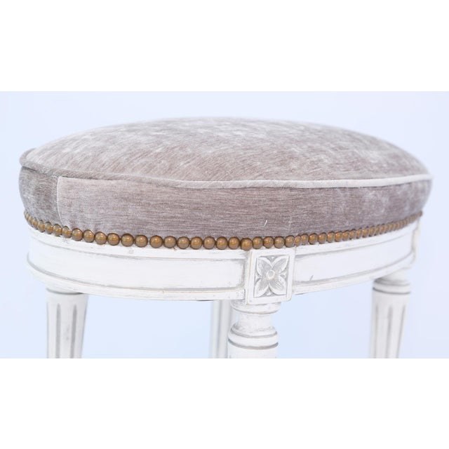 Mid 20th Century Oval Louis XVI Stool For Sale - Image 5 of 7