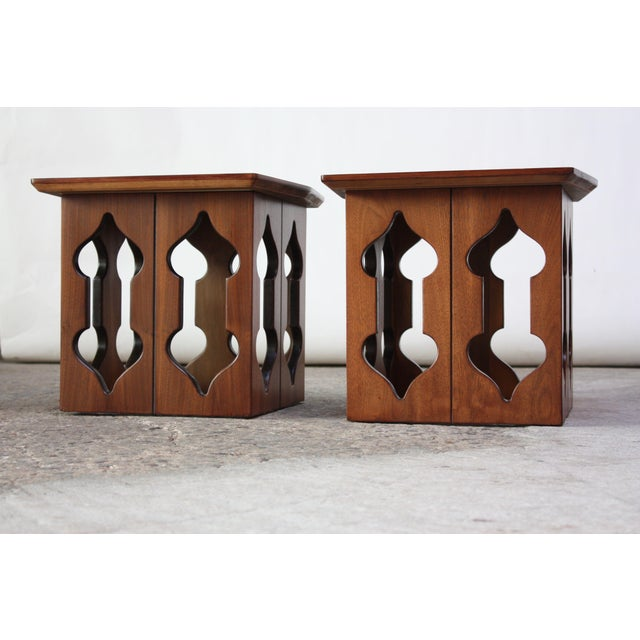 Islamic Pair of Vintage Moorish Style Walnut Side Tables with Carved Decoration For Sale - Image 3 of 12