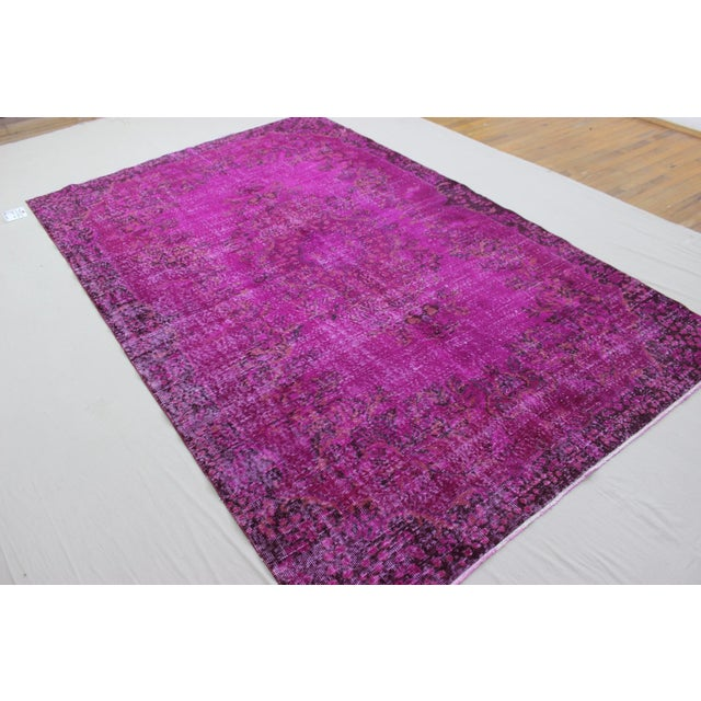 """6'4"""" X 10' Turkish Pink Overdyed Rug For Sale - Image 7 of 10"""
