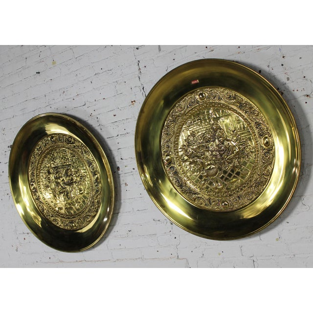 Peerage Brassware Decorative Embossed English Wall Plates - a Pair For Sale - Image 4 of 11
