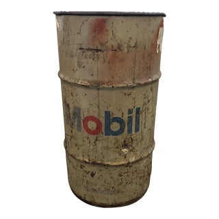 Primitive Mobil Oil Can Garage Tin