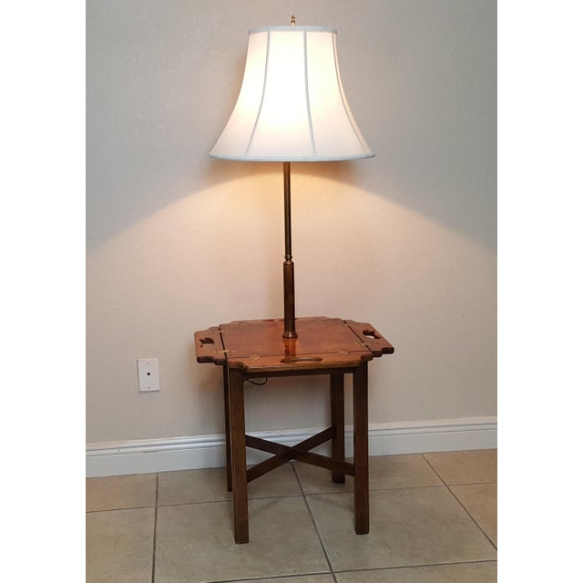 Vtg Knob Creek Table Floor Lamp Wooden Guard. Perfect for a small reading place. Very functional.