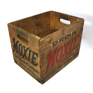 1900s Rustic Moxie Soda Wood Shipping Box Preview