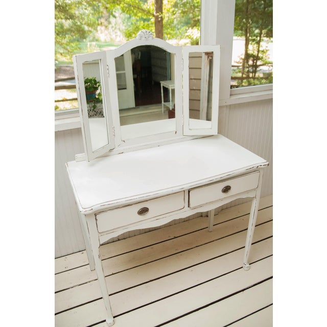 1930s Vintage Distressed Vanity For Sale In Richmond - Image 6 of 6