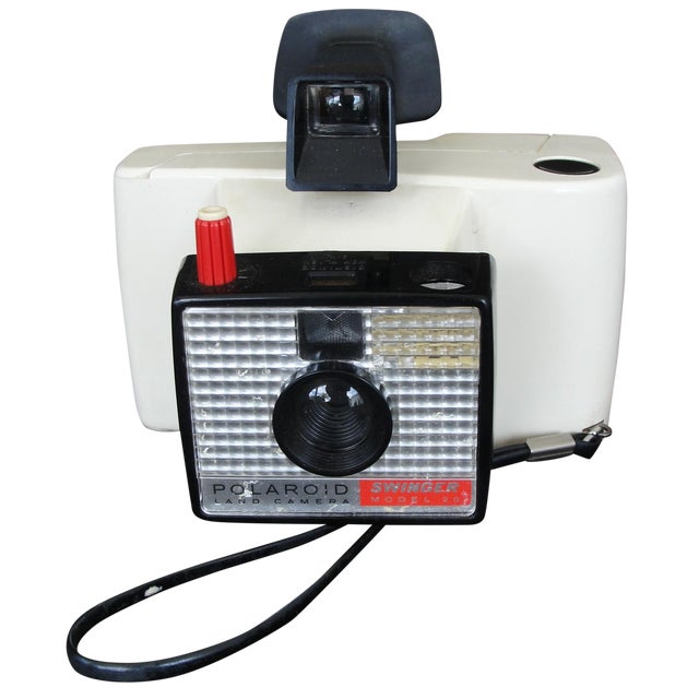 Instant Polaroid Swinger Model 20 Land Camera - Image 1 of 7