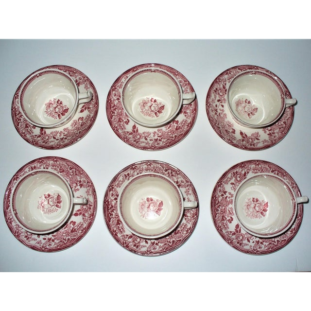 English Alfred Meakin Tonquin Pattern Red Cups and Saucers by Stafforshire England - Set of 6 For Sale - Image 3 of 10