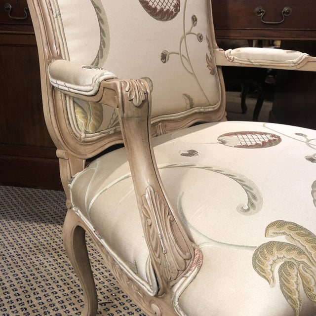 French Louis XV Style Polychromed Faiteuils -A Pair For Sale - Image 4 of 10