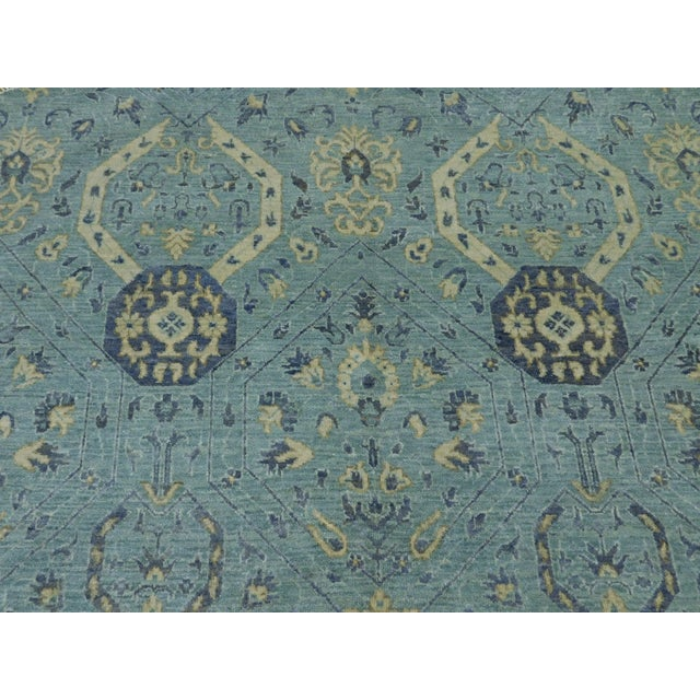 """Gray Farahan Hand-Knotte Rug - 8'2"""" Round. For Sale - Image 8 of 10"""