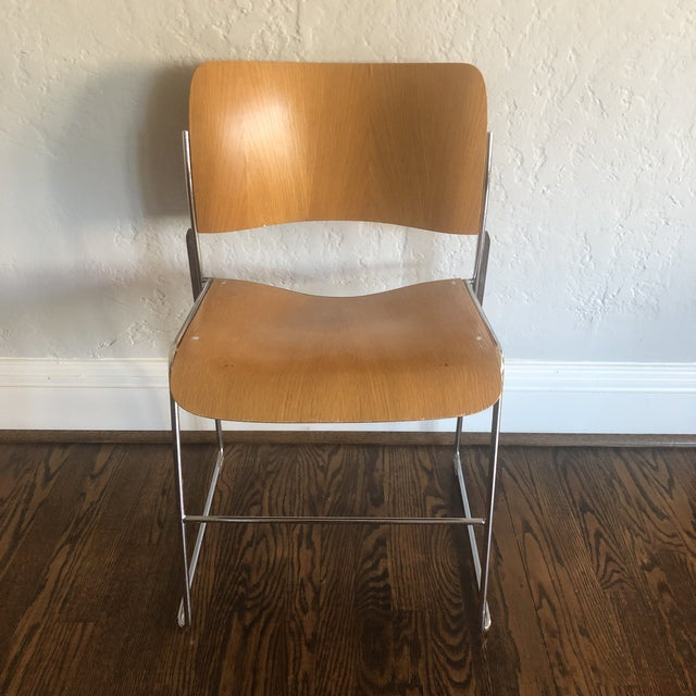 David Rowland 1980s Vintage David Rowland Molded Beech Wood Stackable Chairs -Set of 3 For Sale - Image 4 of 13