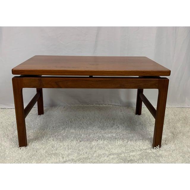 Wood Mid-Century Danish Modern Walnut End Tables by Gunlocke For Sale - Image 7 of 11