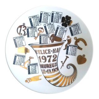 Piero Fornasetti Porcelain Calendar Plate for the Year 1972. For Sale