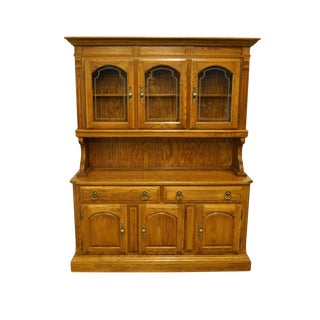 "20th Century Traditional Temple Stuart Oak Hill Collection Country Style 62"" Buffet With Display Hutch For Sale"