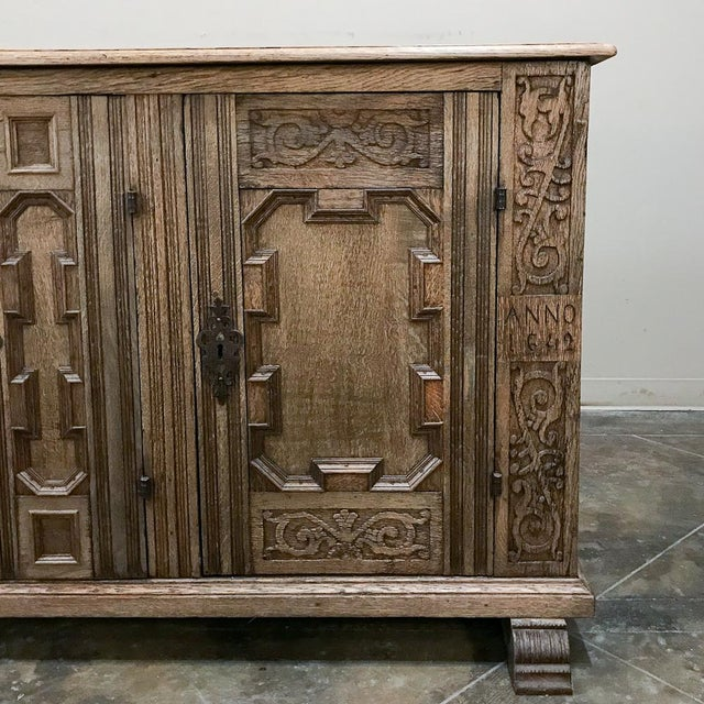 Brown 19th Century English Stripped Oak Buffet For Sale - Image 8 of 13