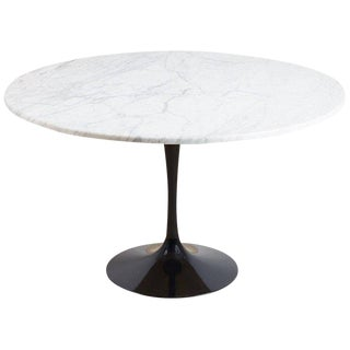 Eero Saarinen for Knoll Marble-Top Tulip Table For Sale