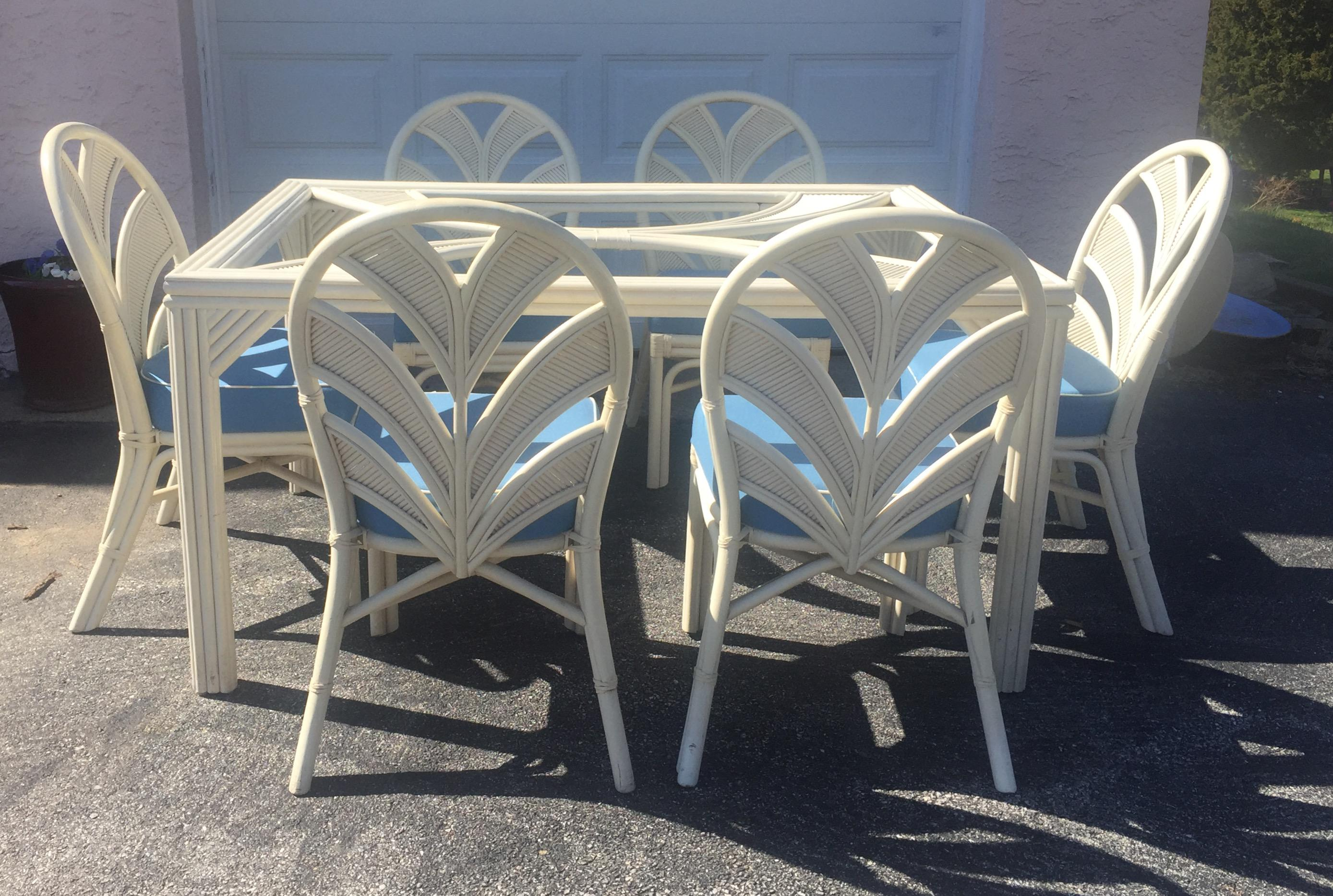 Surfside Casual Furniture White Rattan Table U0026 Chairs   Image 2 Of 11