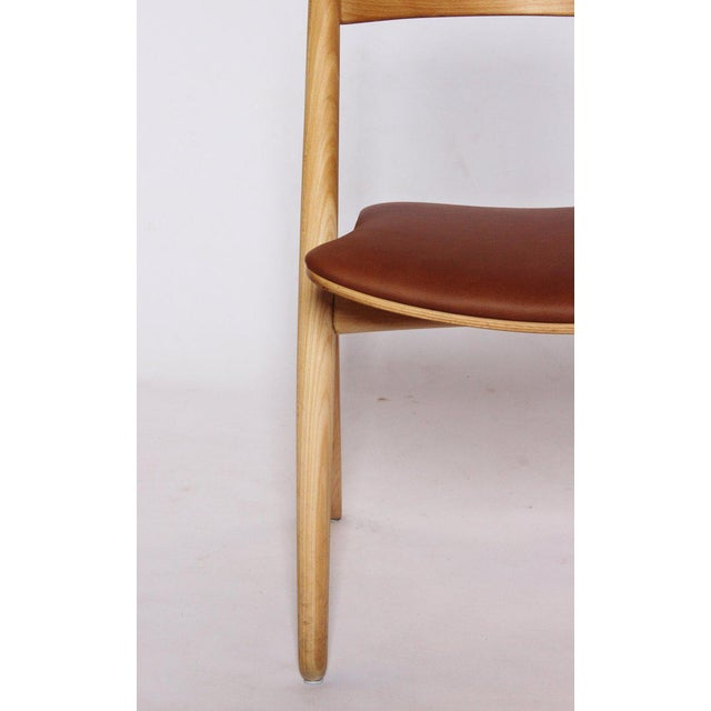 Carl Hansen & Søn 1970s Scandinavian Modern Hans J. Wegner Sawbuck Chair For Sale - Image 4 of 10